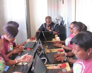 16Days_Carers in cyber chts_JHB_SA_112010_jpg