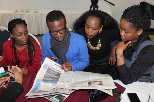 Participants doing media excise at the Media workshop held on 25-26 june 2014_MM